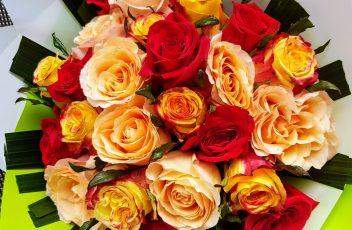 Mixed-roses-1.jpg